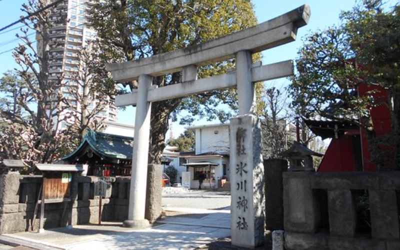 Azabu Hikawa Shrine in real life
